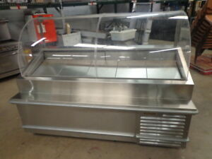 Traulsen 79 Refrigerated Deli Display Case On Casters