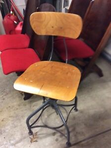 Vintage Toledo Wood Metal Industrial Drafting Stool Adjusts 16 To 24 Nice