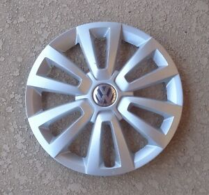 12 16 Volkswagen Beetle Oem Vw 16 12 Spoke Hubcap Wheel Cover 5c0601147b