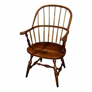 Vintage Leopold Stickley Solid Cherry Windsor Style Chair