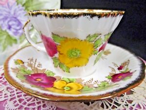 Salisbury Tea Cup And Saucer Painted Teacup Pansy Pattern Scalloped Edges