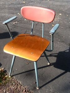 Vintage Mid Century Plastic Wood Metal Chair W Arms Great Color Nice