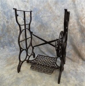 Treadle Sewing Machine Cast Iron Base Industrial Age Table Singer Steampunk Ns