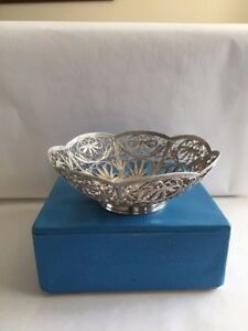 Vintage Russian Melchior Silver Plated Hand Knitted Filigree Basket Candy Dish