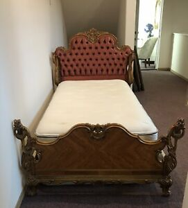 2 Die 4 Antique French Rococo Button Tufted Upholstered Walnut Swan Bed Twin