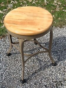 Vintage 21 Toledo Metal Stool 15 Wood Seat 1 Thick Very Good
