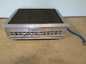 baker s Pride Hd Commercial Nat Gas Counter Top Radiant Grill char broiler