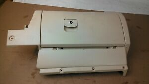 1998 1999 2000 2001 2002 Vw New Beetle Glove Box Compartment Tan Beige Ivory