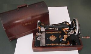 1922 Singer Sewing Machine Model 128 Hand Crank Bentwood Case Accessories