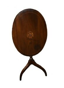 Vintage Council Craftsmen Federal Style Tilt Top Oval Mahogany Accent Table