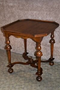 Vintage Baker William Mary Style Octagon Side Table