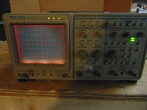 Tektronix 2440 500 Ms s Digital Oscilloscope