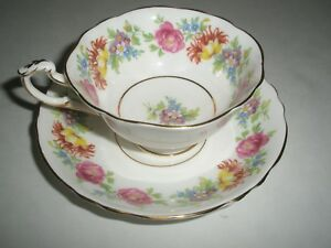 Paragon Floral Tea Cup And Saucer Set With Gold Trim Hm Queen Mary Double Stamp
