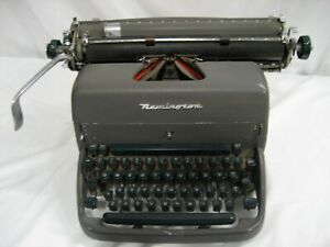 Refurb Remington Rand Manual Typewriter 13 Carriage 18 wx14 dx8 5 h W warranty