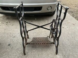Vintage Antique Treadle Sewing Machine Cast Iron Base Project Singer New Home