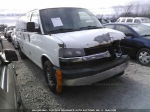 Console Front Floor With Storage Compartment Fits 08 17 Express 2500 Van 324910
