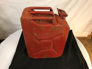Vintage Red 5 Gallon Jerry Metal Gas Can With Side Spout