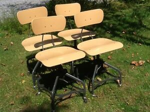 Lot Of 4 Vtg Matching Toledo Drafting Stools On Wheels Adjust 16 To 21 Nice