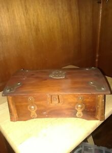 Vtg 1920s Sturdi Small Pirates Treasure Chest Wood Box Cedar Hamilton Co In Mini