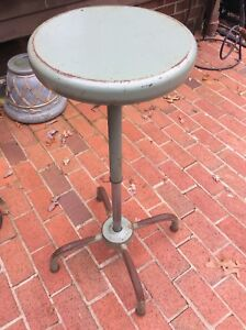Vintage Industrial Tall Green Metal Stool Adjusts From 24 To 34 Very Good