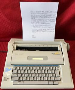Smith Corona Display 900 Electronic Dictionary Typewriter Tested Working
