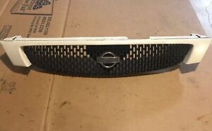 Nissan Maxima Grille With Emblem 95 96