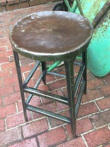 Vintage Industrial Hallowell 28 Green Metal Shop Stool W 14 Seat Good