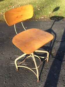 Vintage Toledo Industrial Wood Metal Drafting Stool Adj 16 To 21 Nice