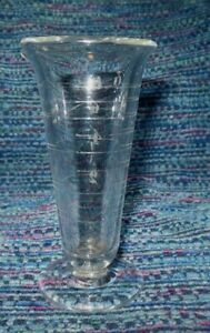 Vintage Pharmacy Apothecary Etched Glass Beaker Footed With Spout 8 Oz 4 Tall
