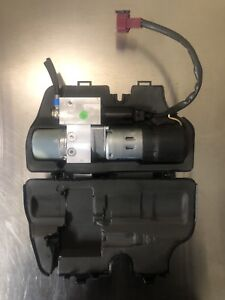 Mercedes Benz W251 R350 R500 R550 Tailgate Hatch Lift Trunk Hydraulic Pump Motor