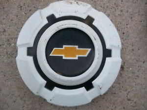1969 72 1973 75 Chevy 1 2 Ton Pick Up Truck Hub Cap White Painted Chevrolet