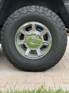 Hummer H2 Original Chrime Rims X4 With Tires 17inch Rims mint Condition