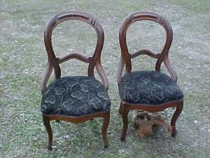 Pair 1860 S Walnut Victorian Balloon Back Chairs Finger Carved Nice Orig Finish