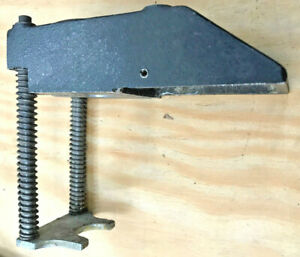 K57 19 Challenge Eh 3 Paper Drill Chip Chute And Presure Foot Center