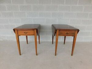 Hickory Chair Co Mahogany Hepplewhite Style Pembroke Tables A Pair