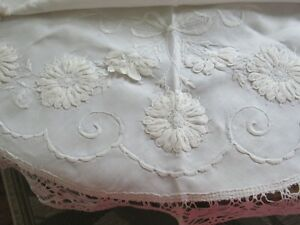 Antique English Linen Embroidery Lace Round Tea Cloth