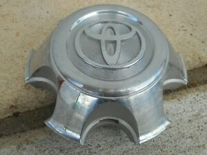 03 04 05 6 07 08 09 Toyota 4runner Wheel Center Cap 810