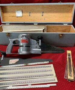 Wells Wellsaw Model 400 Power Saw With 11 New Blades And Wooden Tool Box