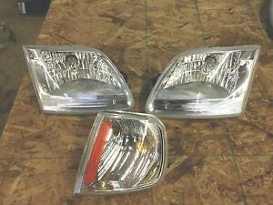 2000 Ford Expedition Headlight Set W Marker Light Euro 1997 2002