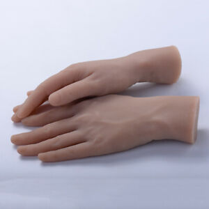 2pcs Flexible Tattoo Practice Fake Hands Model W Skin For Beginners Artists