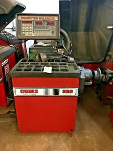 Coats 950s Direct Drive Wheel Tire Balancer Machine 109