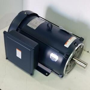Leeson 7 5 Hp 1800 Rpm Tefc 230 Volts 215tc Frame Footed 1 Phase Motor 140807 00