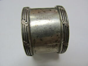 Meriden Brittania Co Sterling Silver 202 Vintage Napkin Ring 1 T Good Cond