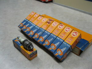 Nos 44s Ac Fire Ring Spark Plugs Box Of 10 Collector Item Made In England