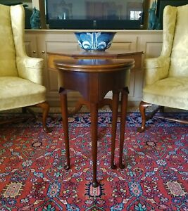 Williamsburg Style Wooden Mahogany Petite Tilt Top Round Card Table