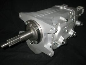 Muncie M 22 Transmission New Gears Show Car Quality Rare Drivers Side Speedo