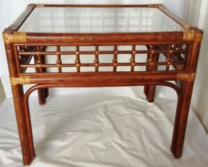 Wonderful Mid Century Asian Chinese Bamboo Rattan Glass Top End Table 20