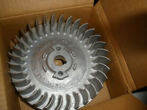 Vintage Nos Briggs Stratton Gas Engine Flywheel 293205