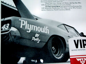1970 Plymouth Road Runner Superbird Richard Petty Nascar 426 Race Hemi V8 Engine