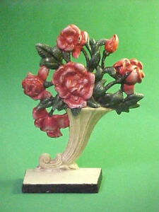 Vintage Hubley Cast Iron Doorstop Cornucopia With Red Flowers